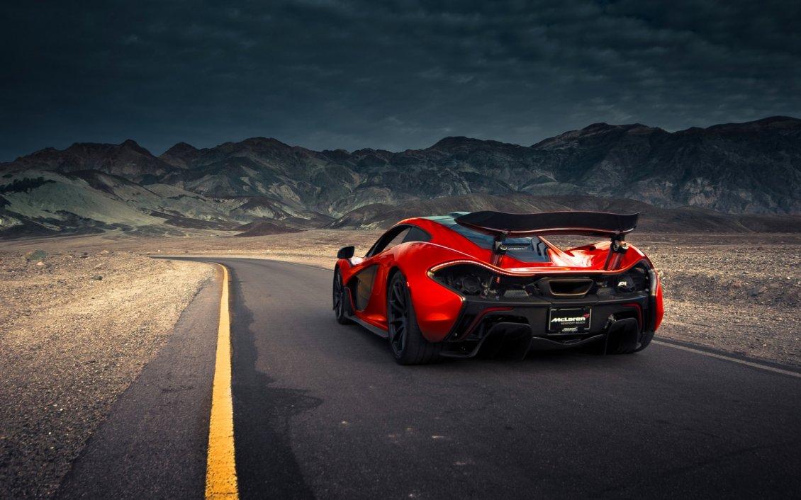 McLaren P1 Going Through The Mountains