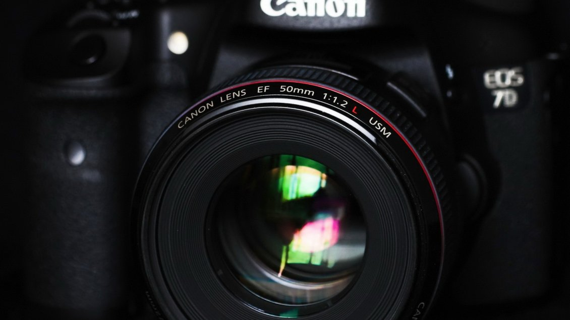 Download Wallpaper Canon Lens EF 50mm