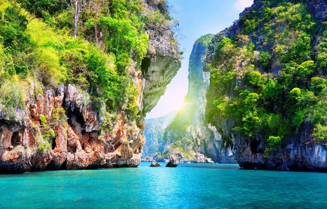 Download Wallpaper Lagoon - Beautiful landscape