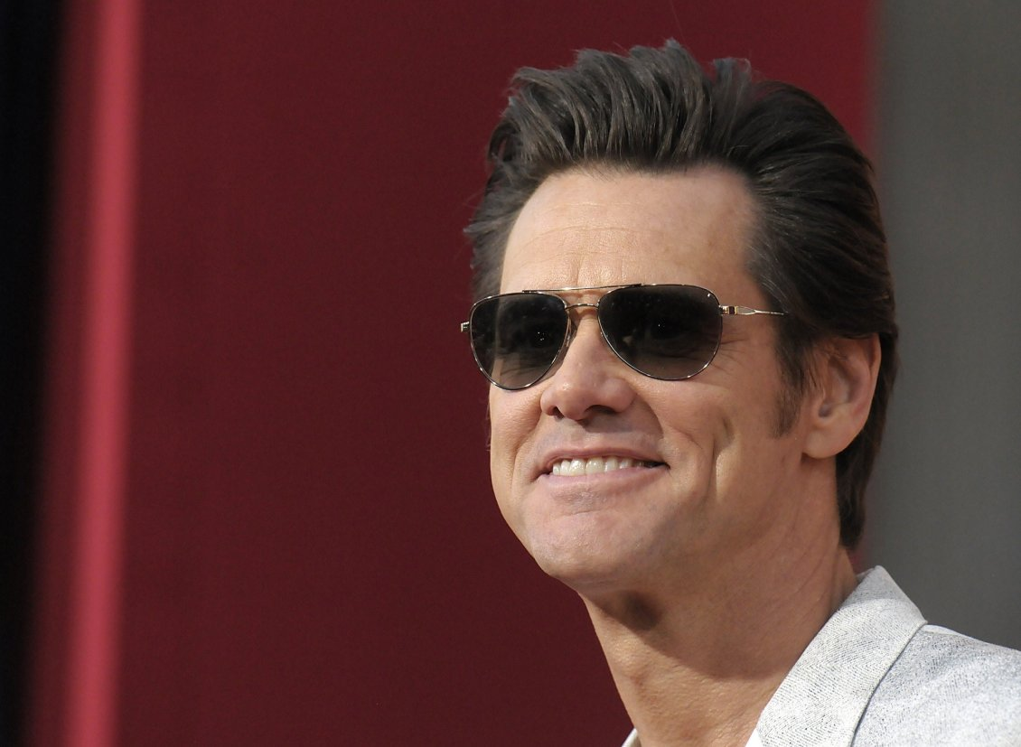 Download Wallpaper Jim Carrey with sunglasses - Popular Canadian Actor