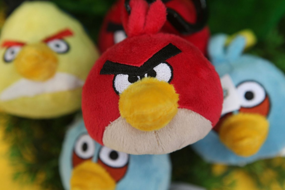 Download Wallpaper Angry Birds - Plush colored birds