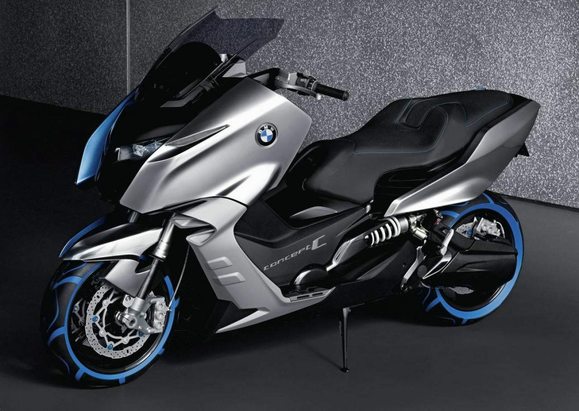 Download Wallpaper BMW Concept C - Black Scooter with blue lights