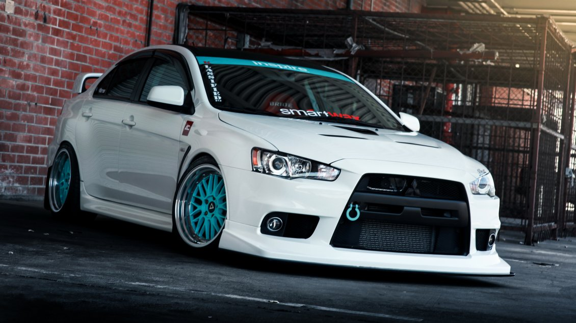 white tuning mitsubishi lancer evo x with blue wheels. Black Bedroom Furniture Sets. Home Design Ideas