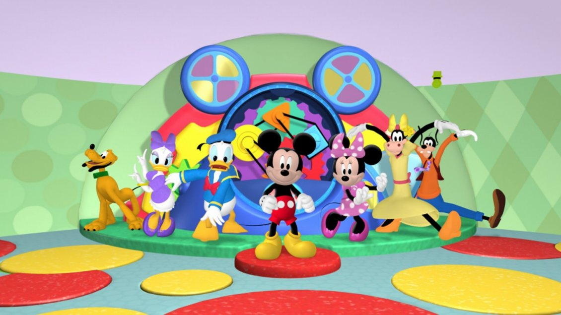 Characters Of Disney World In The Mickey Mouse Clubhouse