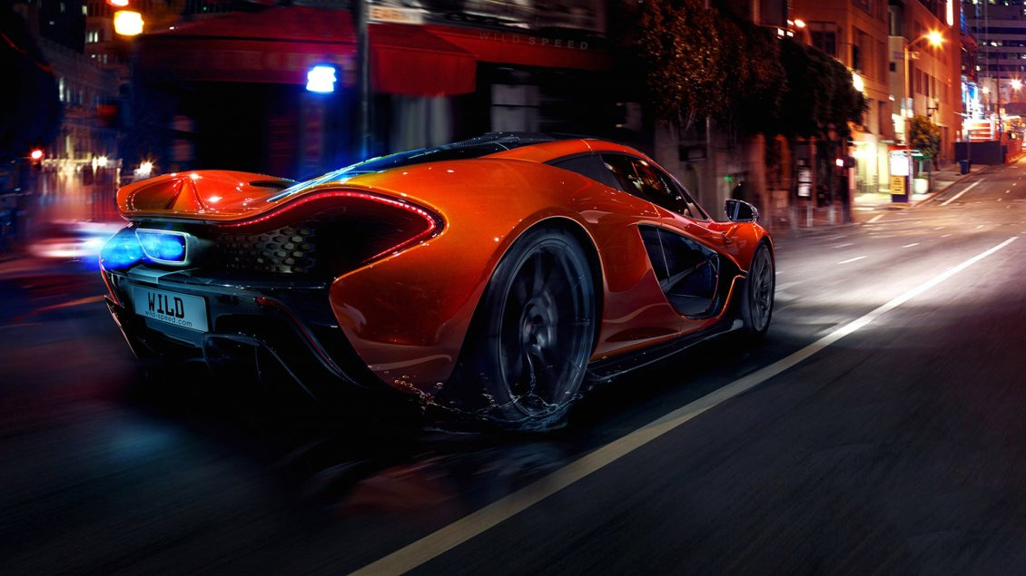 Download Wallpaper Orange McLaren P1 Hypercar In The City