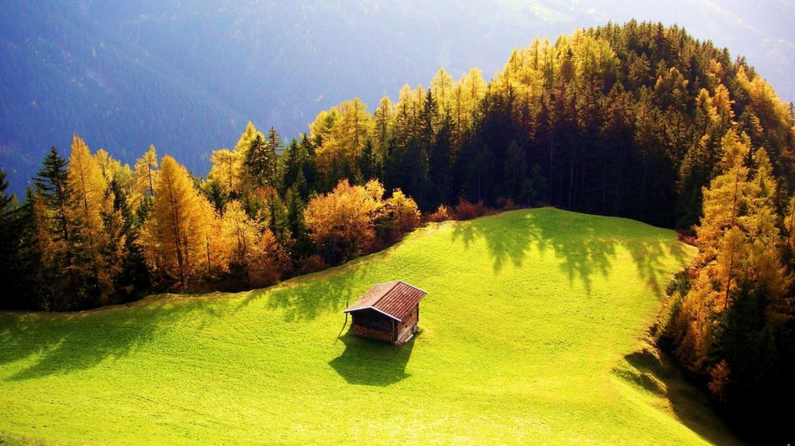 Download Wallpaper Small cottage in the middle of the nature - HD Landscape