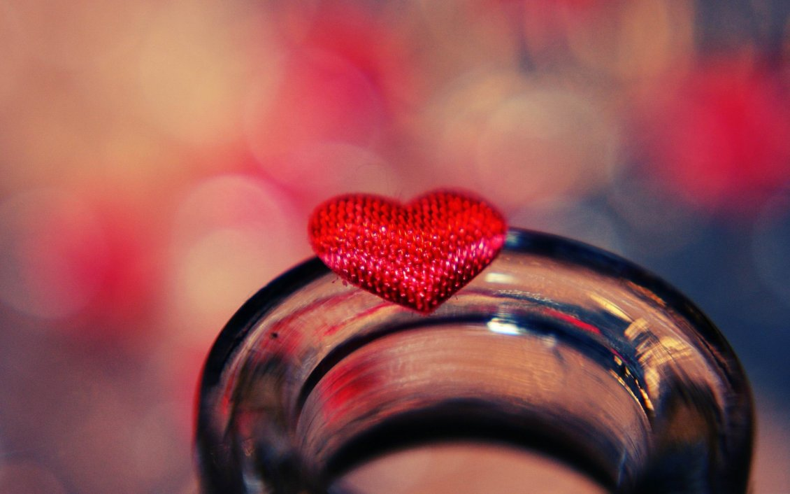 Download Wallpaper Little red heart on a glass - HD sweet love day