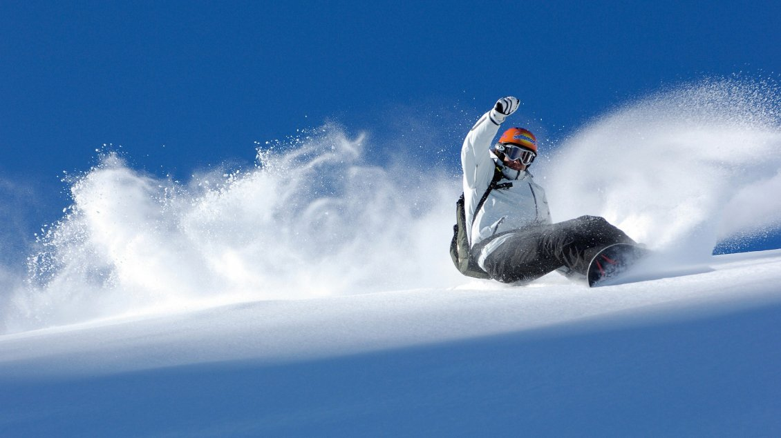 Download Wallpaper Beautiful winter sports - snowboard time