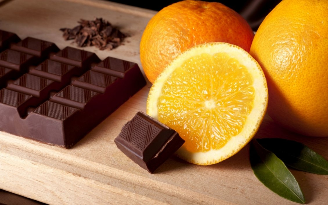 Download Wallpaper Chocolate with orange fruit - Sweet time