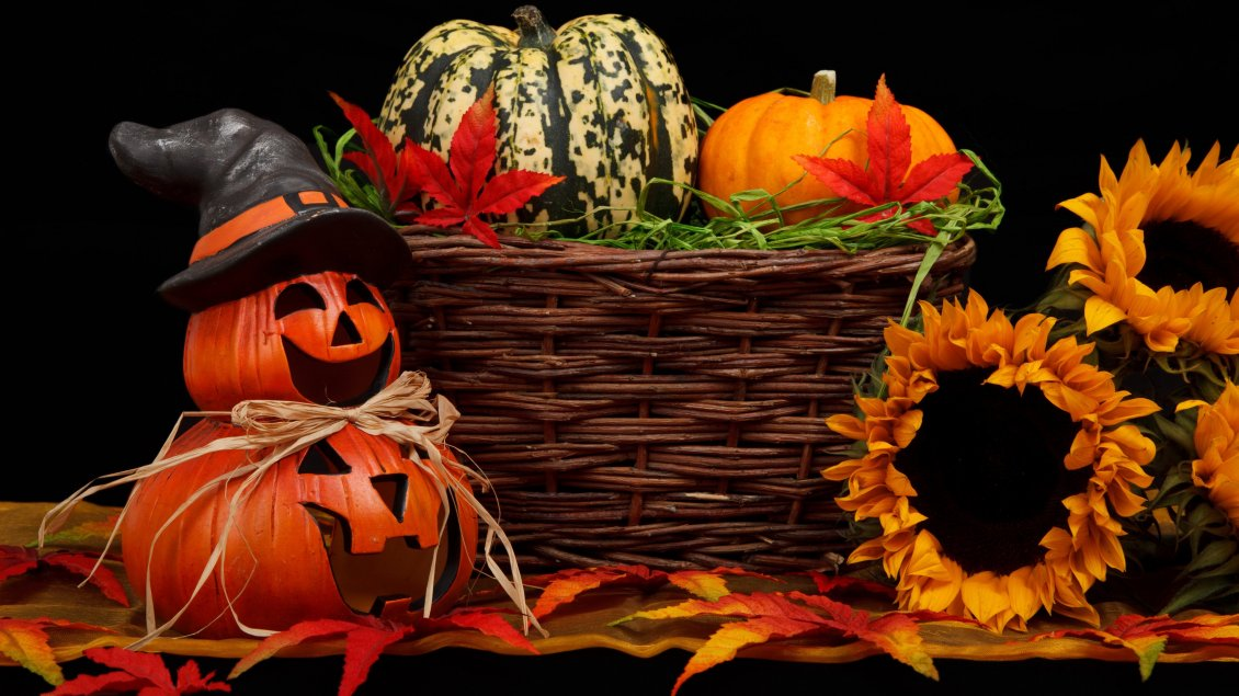 Download Wallpaper Funny Halloween pumpkins and sunflowers - HD wallpaper