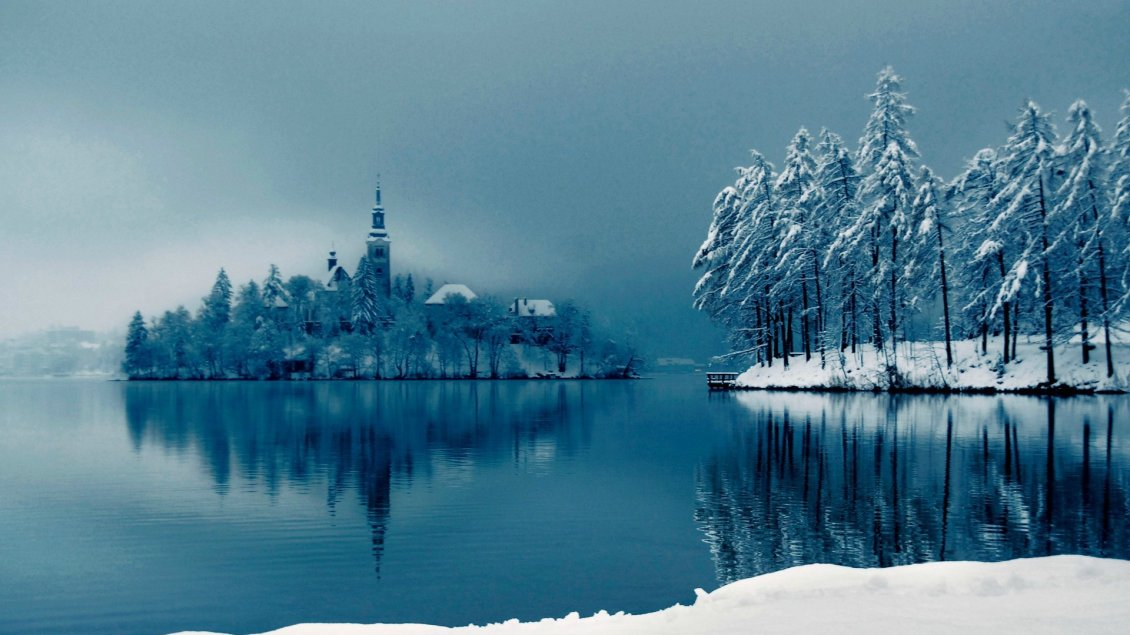 Download Wallpaper Church on a small island - Cold winter season