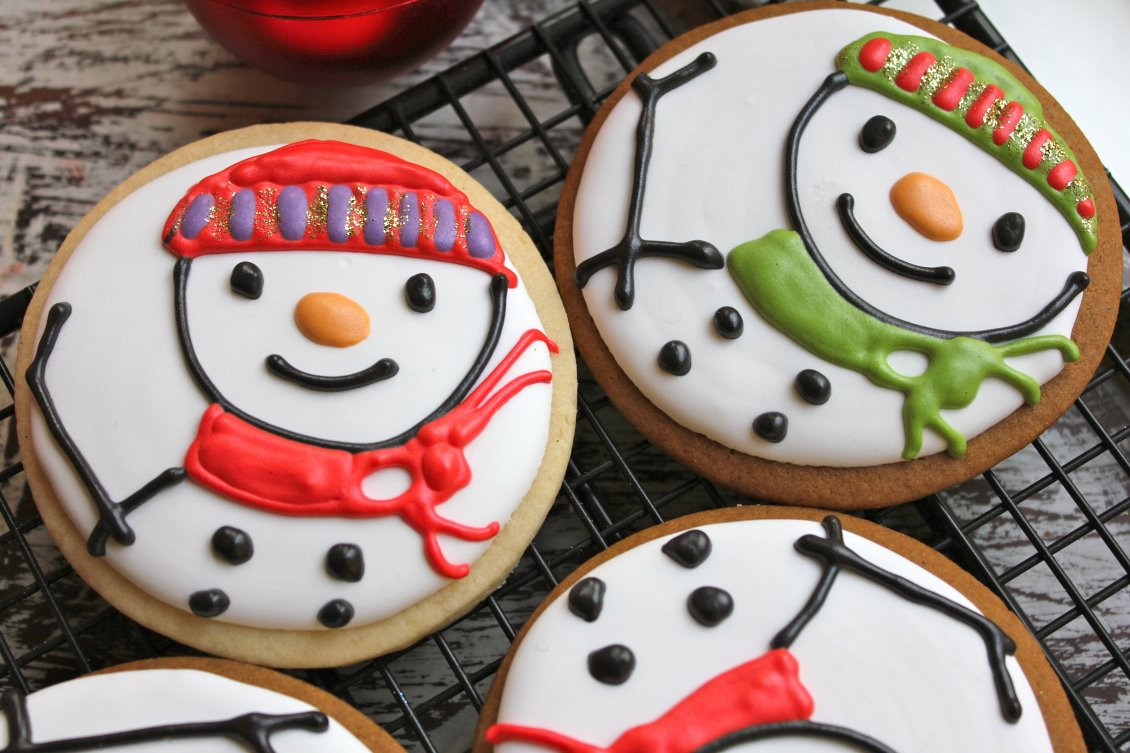 Download Wallpaper Delicious winter cookies with snowman - HD wallpaper
