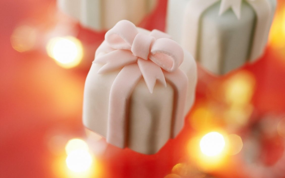 Download Wallpaper Candies in shape of gift box - HD wallpaper