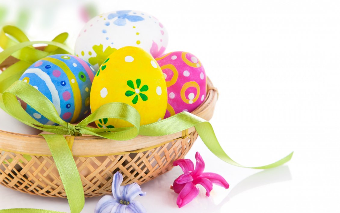 Download Wallpaper Painted Easter eggs on a basket - Happy Spring Holiday