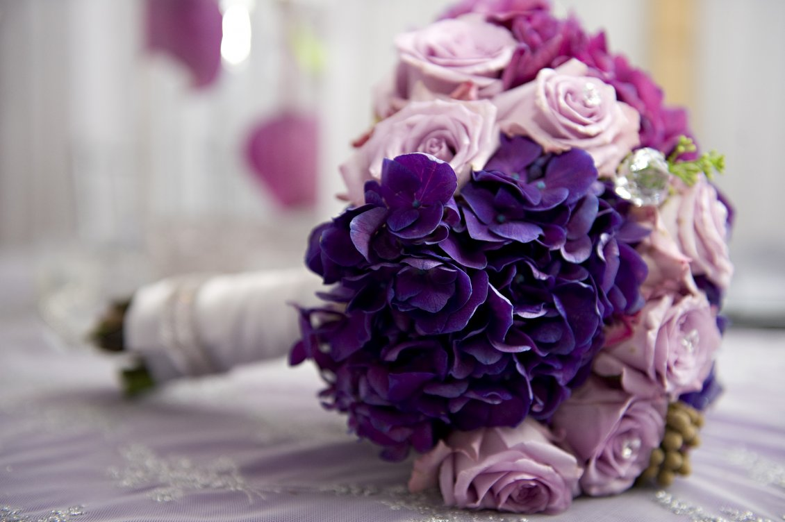 Download Wallpaper Purple and pink flowers - Wonderful bridal bouquet