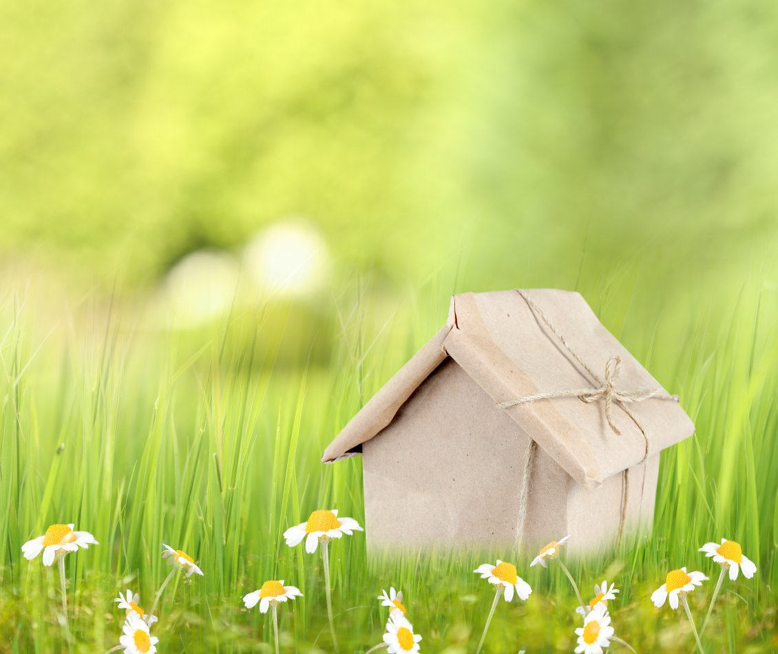 Download Wallpaper Small house gift and spring flowers - HD wallpaper