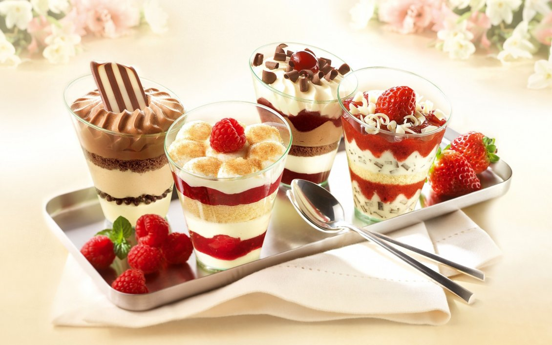 Download Wallpaper Tiramisu ice cream - Delicious summer dessert