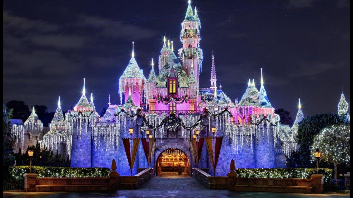 Disneyland Paris In Winter Spirit