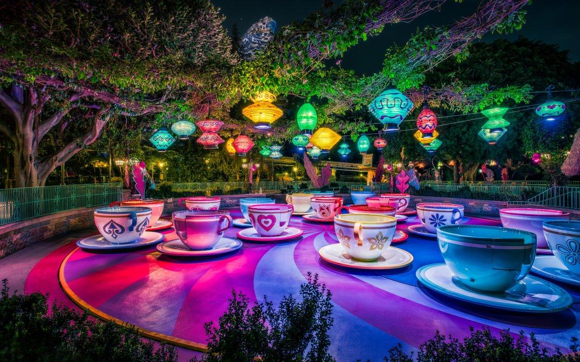 Amazing Wallpaper Macbook Disneyland - 12512_Artistic-and-magic-world-on-Disneyland-Paris-Colorfull-cups  Image_216772.jpg