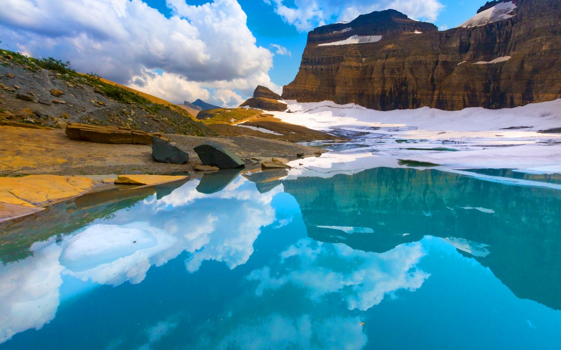 Download Wallpaper Glacier wonderful Natural Park - Mirror in the lake