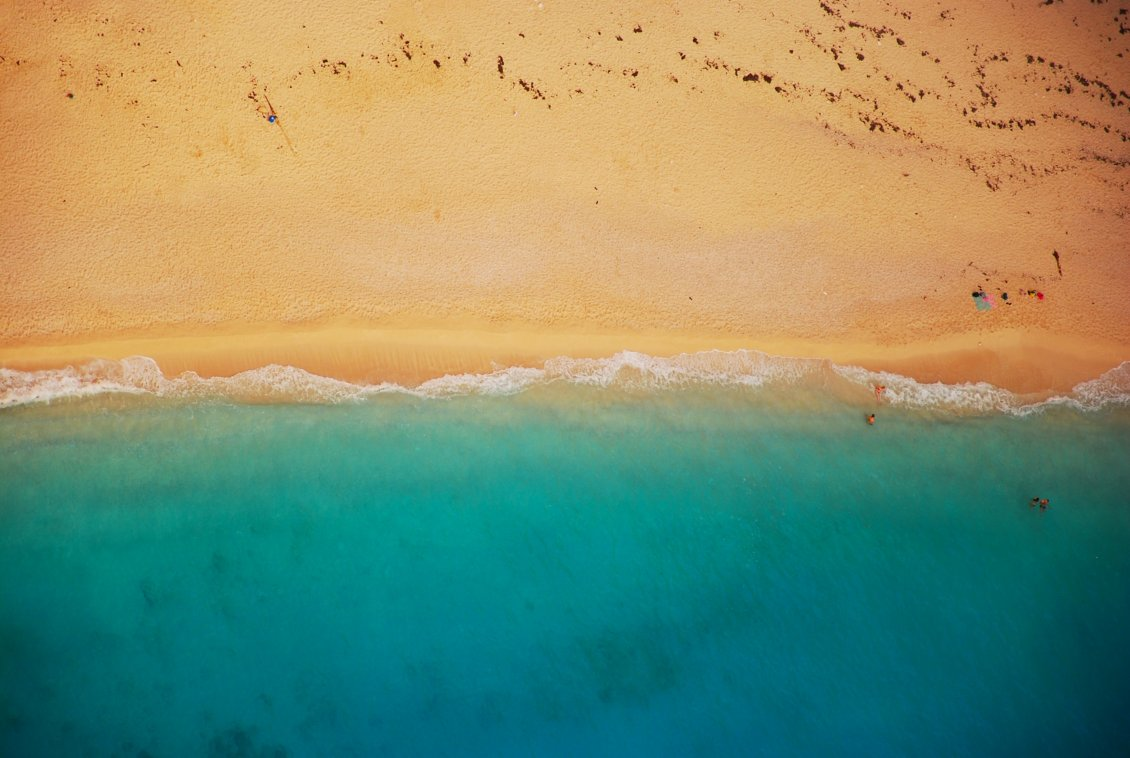 Download Wallpaper Golden sand and blue sea water - Wonderful summer day