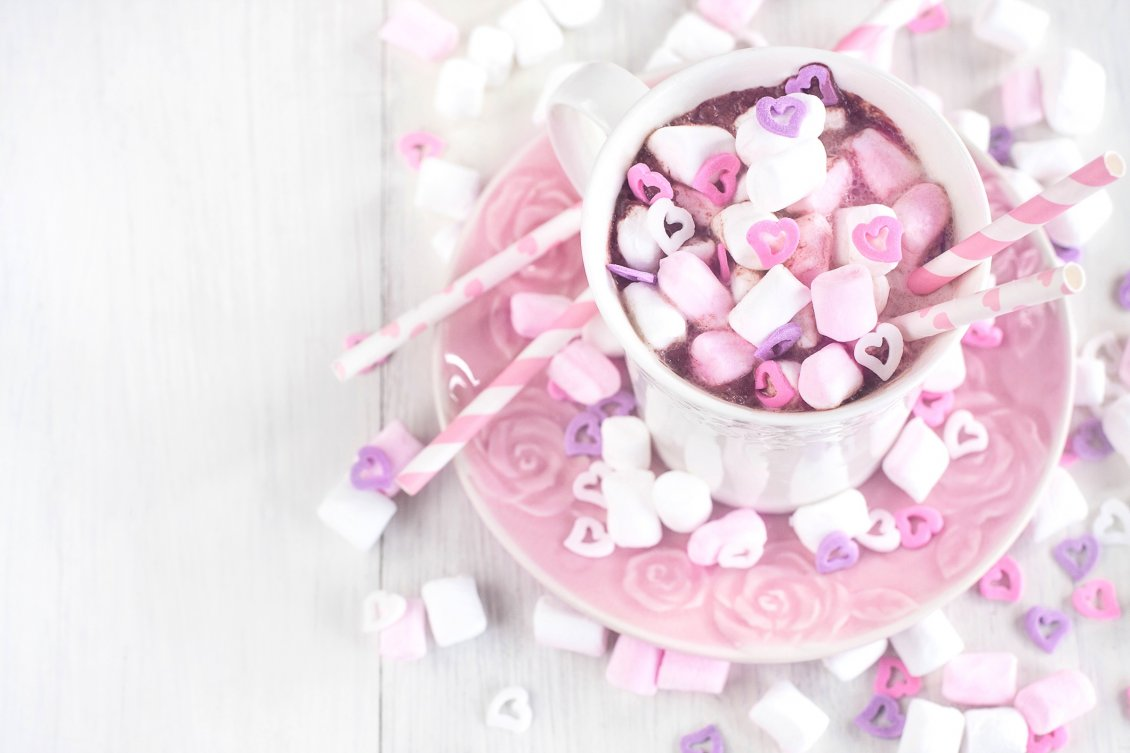Download Wallpaper Sweet pink candies in a hot chocolate cup - HD wallpaper