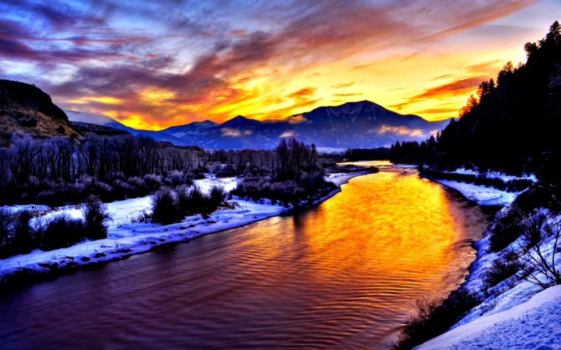 Download Wallpaper Cold mountain river in this beautiful Winter season