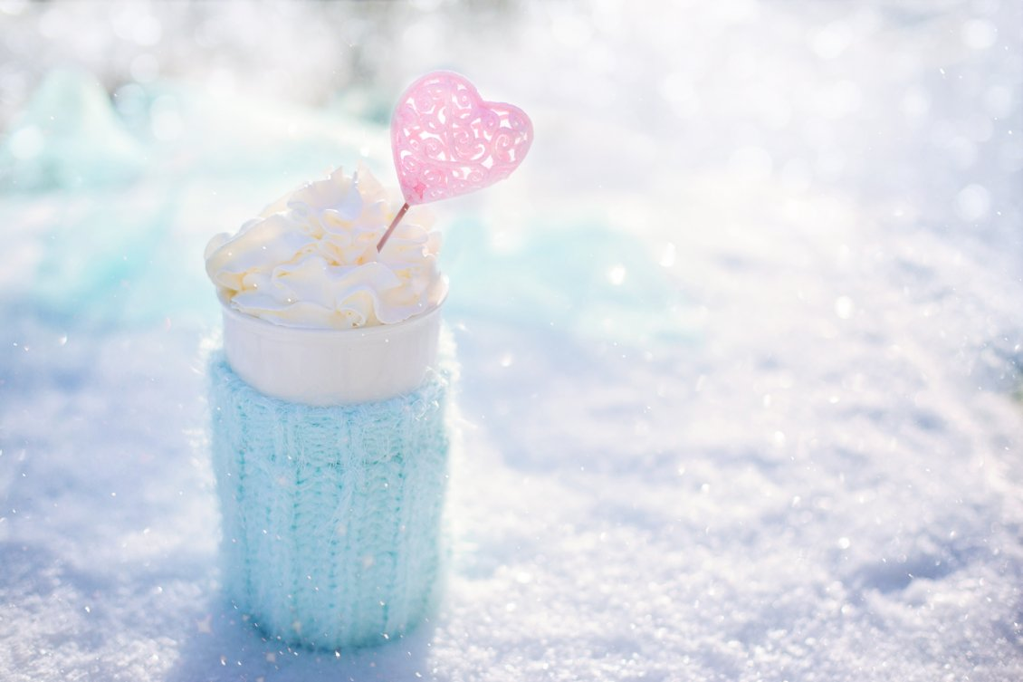 Download Wallpaper Sweet moments on a cold winter day- Hot chocolate with candy