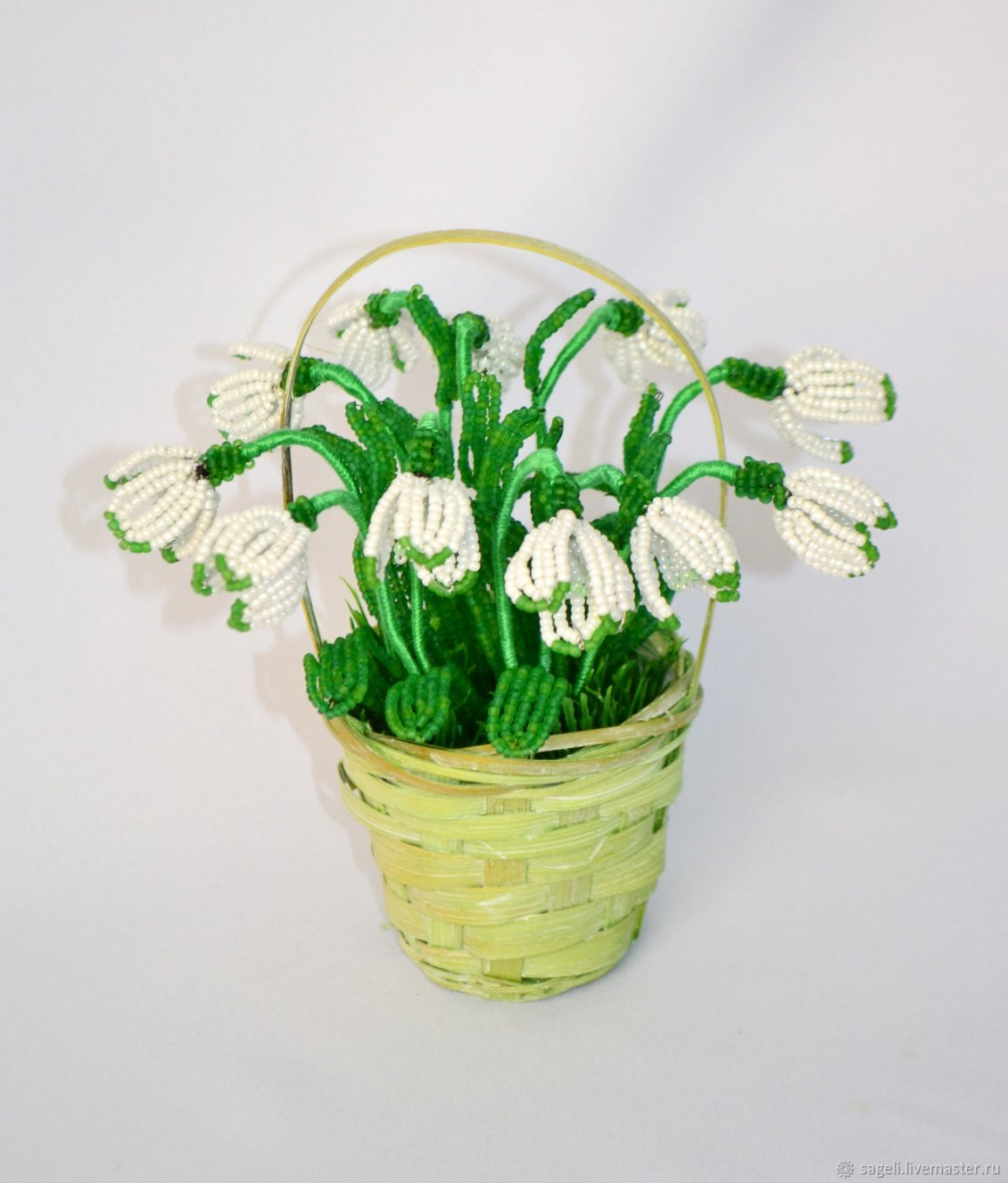 Download Wallpaper Abstract snowdrops flower in a basket - Spring gift