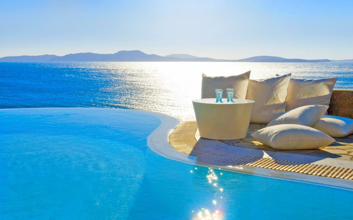 Download Wallpaper Good morning sunshine - Pool or ocean for relaxing time