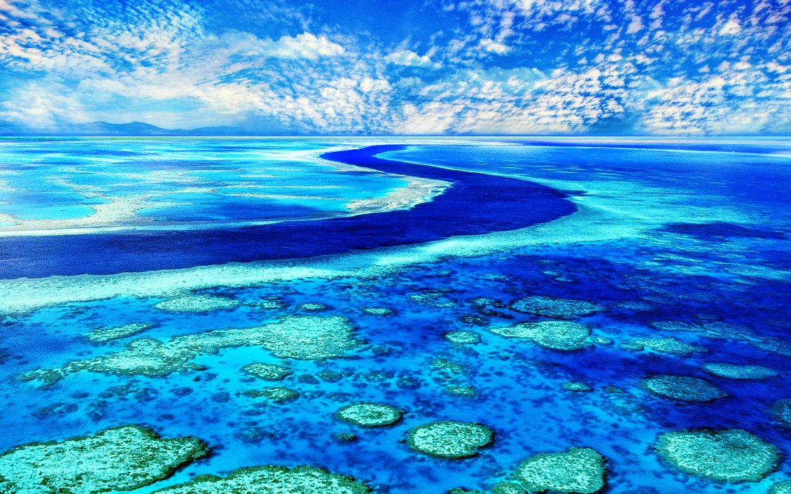 Download Wallpaper Blue water and sky - Wonderful colors of our earth