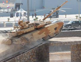 T 90cm tank presentation
