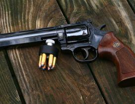 Revolver pistol and ammo