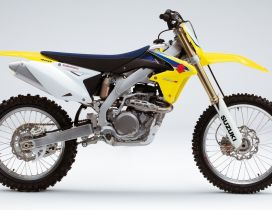 Suzuki RM Z motorcycle - HD wallpaper