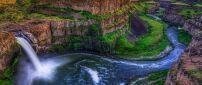 Wonderful waterfall in mountains - Guyana wallpaper