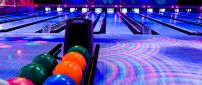 Bowling Club - Colorful wallpaper