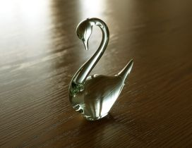 HD Glass Swan on the floor in a wallpaper