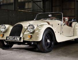 White Morgan Roadster - Stunning vintage car