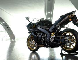 Black Yamaha YZF R1SP motorcycle