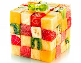 A big cube made of many small cubes - Fruits salad cube