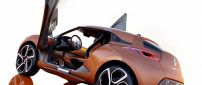 Brown Renault Captur Concept with opened doors