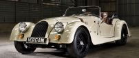 White Morgan Roadster - Stunning vintage car