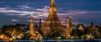 Beautiful buildings, Wat Arun in night