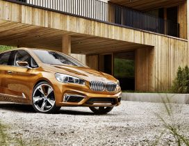 Golden BMW Concept Active Tourer