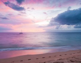 Beautiful purple sky over the sea - Sunset wallpaper
