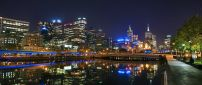 Melbourne city lighted in night - Beautiful landscape