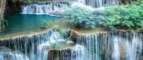 Spectacular waterfalls - HD wallpaper