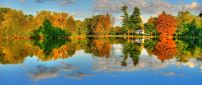 Colorful trees around the lake - Wonderful landscape