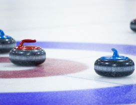 Sport on the ice - Curling time