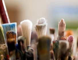 Used make-up brushes - macro wallpaper